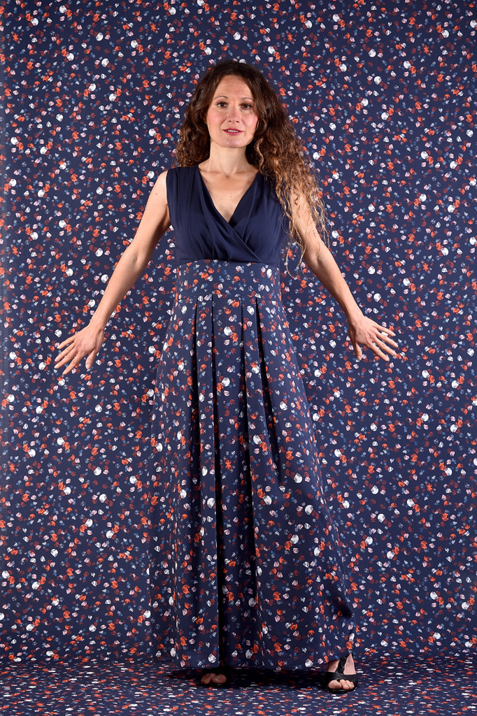 Robe Triangle longue bleu univers